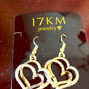 Jewelry - 18k gold plated brand new earring